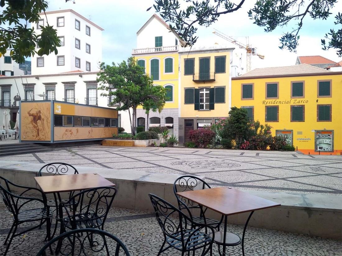 Öffentlicher Platz in Funchal.