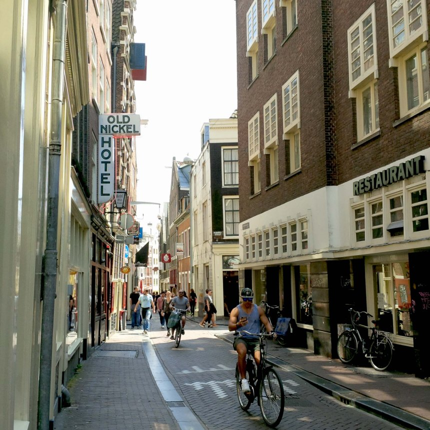 touristen_reisen_amsterdam_tipps_stadtdorfkind